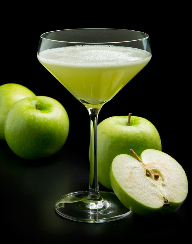 Apple-FreshFruitMartinis
