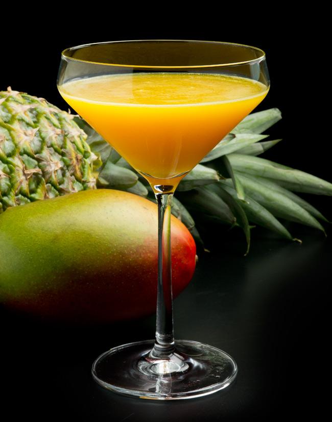 Mango-Ananas-FreshFruitMartinis