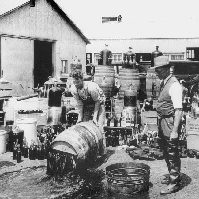 Prohibition United States - Orange County Sheriff's deputies dumping illegal booze Santa_Ana 3-31-1932