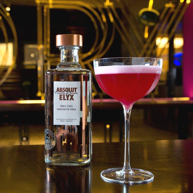 Los_origenes_del_vodka_Dry_Martini_JAvier_de_las_Muelas