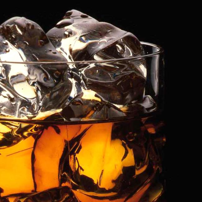 El whisky: origen, tipos y cocktails por Javier de las Muelas