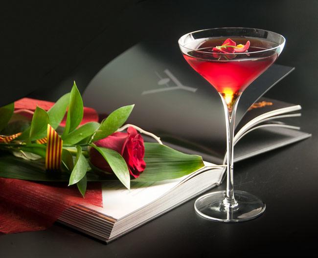 A-DRAGON-FOR-A-PRINCESS-Sant-Jordi-Cocktail_650-01